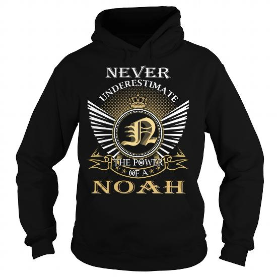 Never Underestimate The Power Of A Noah – Last Name, Surname T-Shirt